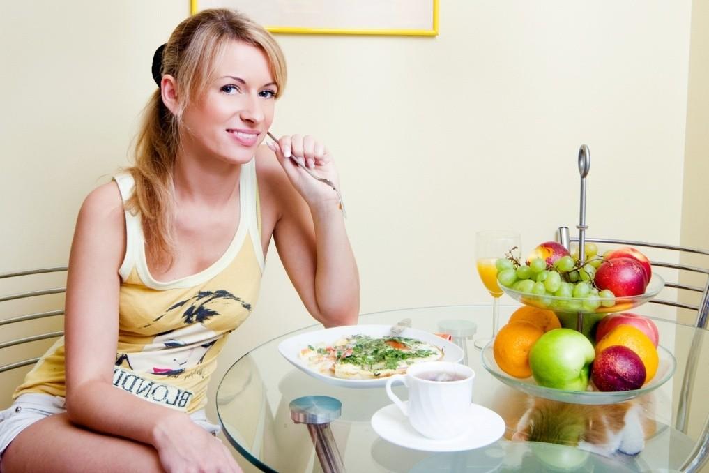 Диета кормящей мамы в первый месяц - подробное меню