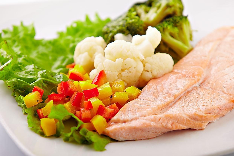 Чем питаться кормящей маме в первый месяц?